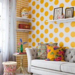 Dots Yellow Wallpaper
