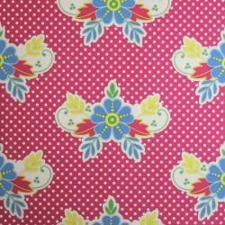 Lace Fuchsia Wallpaper