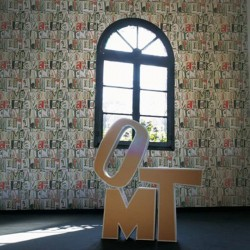 Lletras i Tipos Black & Orange Wallpaper