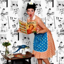 50s Housewives Half-Scale Retro Wallpaper