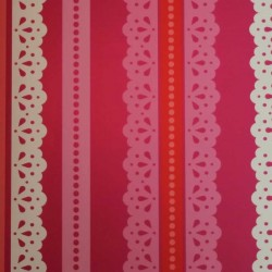Lace Fucsia Wallpaper